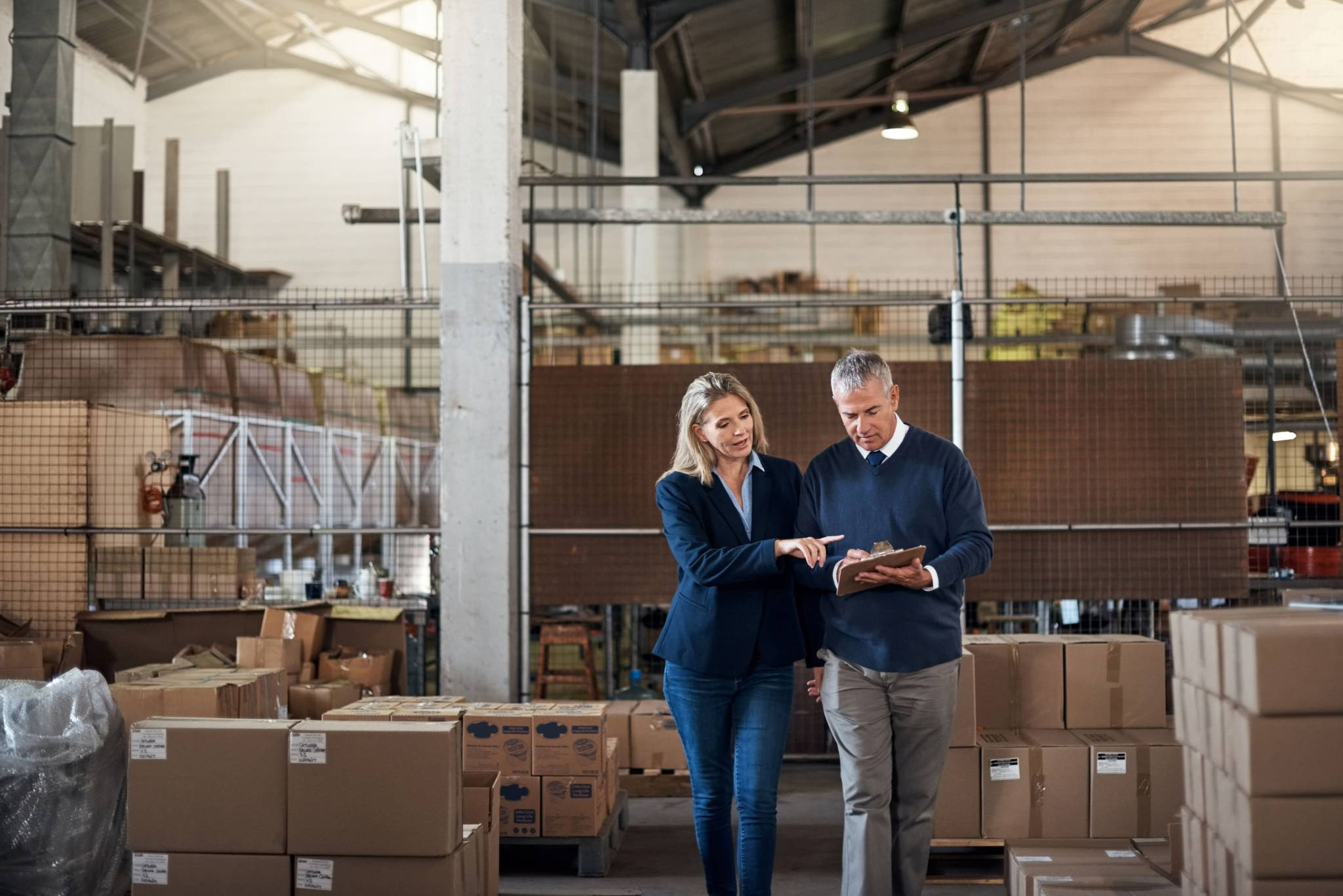 Seasonal side gig business owner discussing storage and warehousing options