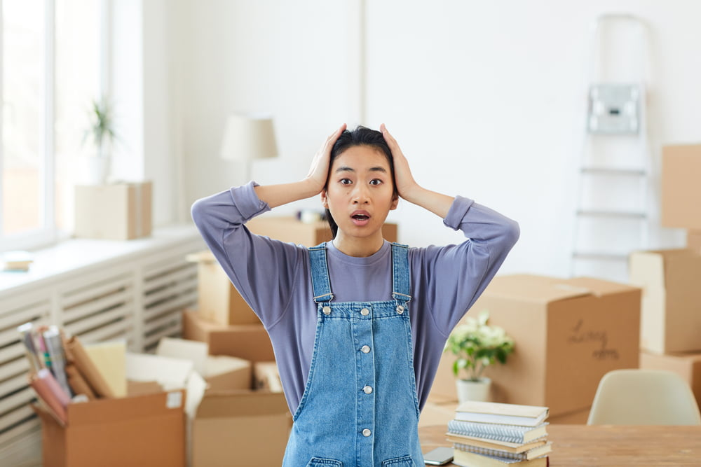 Reduce Moving Costs & Hassle by Decluttering